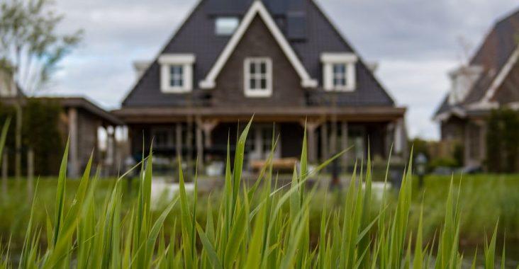 Pryd ditt hus med en snygg ytterdörr